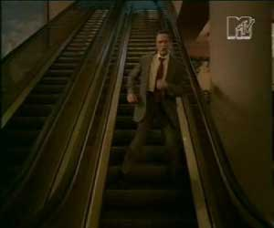 Fatboy Slim - Weapon Of Choice video - escalator