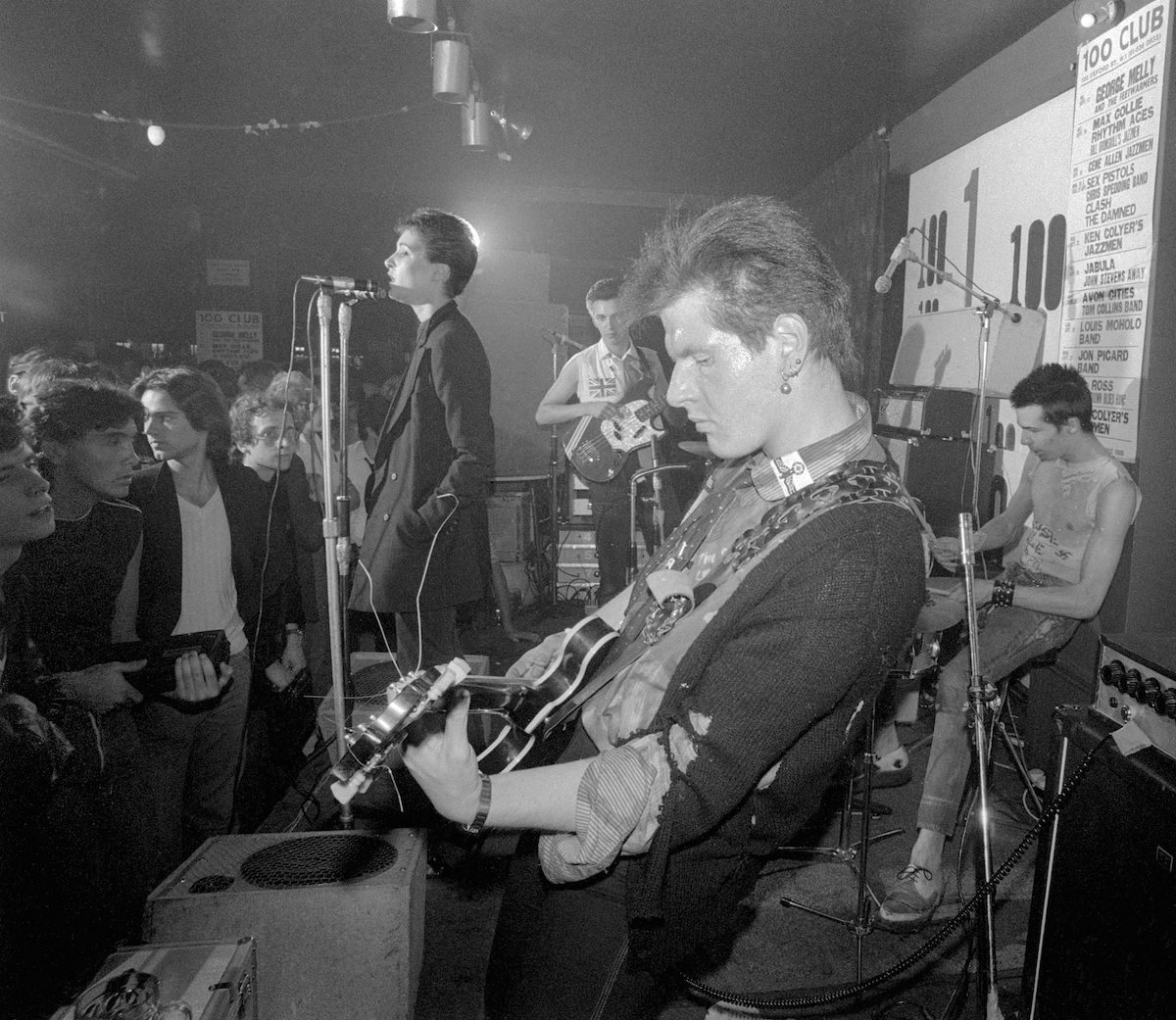 Siouxsie And The Bansheets debut 100 Club Marco Pirroni on guitar